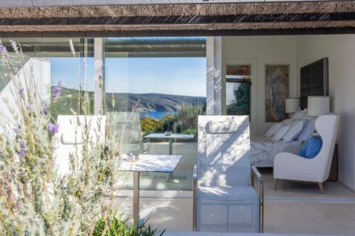 Premium Double Room with Suspended Garden with Sea View Boutique Hotel Spa Calma Blanca 14