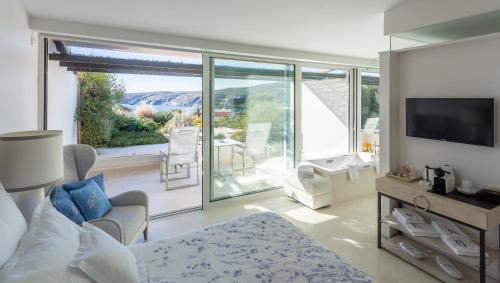 Premium Double Room with Suspended Garden with Sea View Boutique Hotel Spa Calma Blanca 15