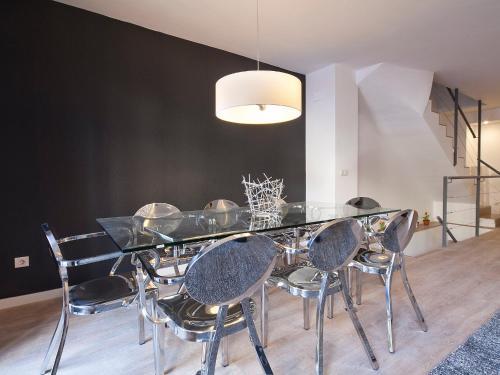 AB Girona Apartments photo 8