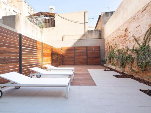 AB Girona Apartments photo 12