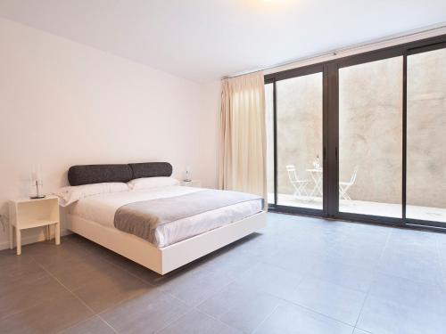 AB Girona Apartments photo 16