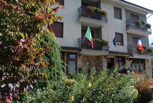 Hotel Trois Etoiles - Entracque