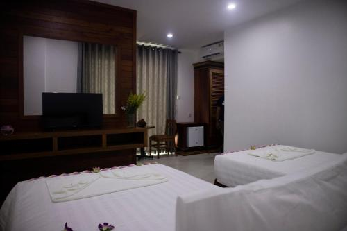 Premier Twin Room with round trip transfers