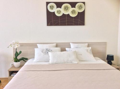. Kranto Luxe Stay