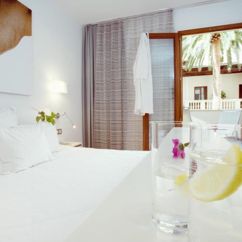 Photo - Petit Palace Hotel Tres