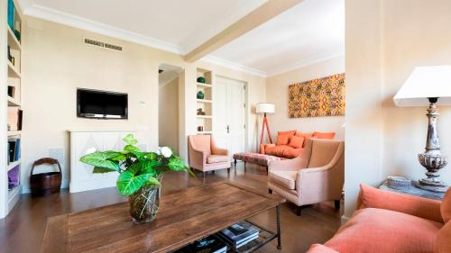 Hotel Genteel Home Alcazar