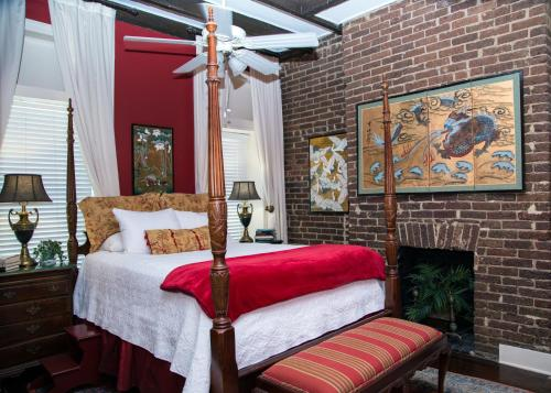 Hotel Savannah's Bed And Breakfast Inn