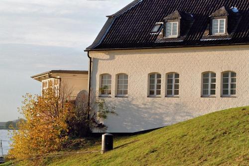 Schnellenburg photo 5