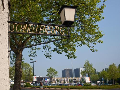 Schnellenburg photo 22