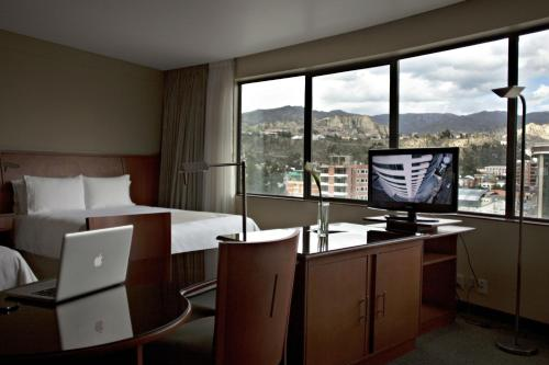 Photo - Suites Camino Real