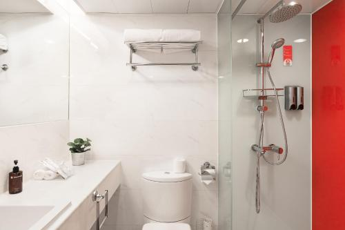 Travelodge Central, Hollywood Road photo 48