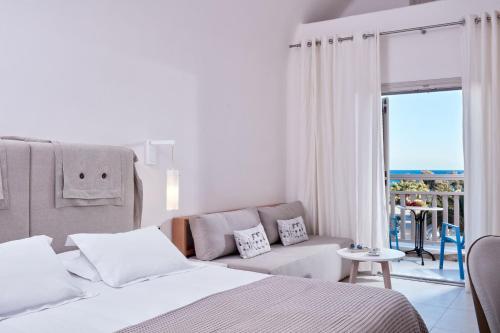 Photo - Santo Miramare Beach Resort