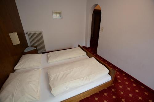 Фото отеля Hotel Gasthof Zillertalerhof