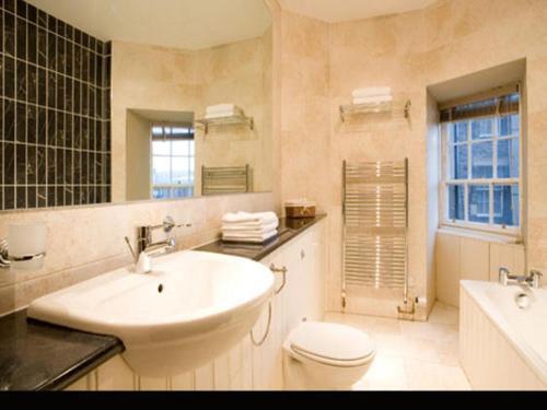 Stay Edinburgh City Apartments - Royal Mile photo 21