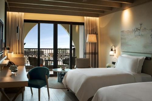 Saadiyat Rotana Resort and Villas photo 32