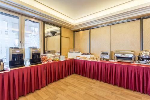 Hôtel De Castiglione photo 36