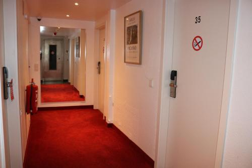 Hotel Paris photo 12