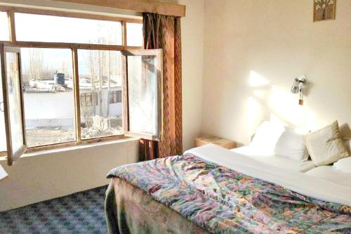 1 BR Guest house in Fort Rd, Leh (7734), by GuestHouser, Leh (Ladakh)