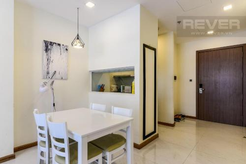 Set In Ho Chi Minh City 35 Km From Museum Of Vietnamese History Luxury Vinhomes Apartment