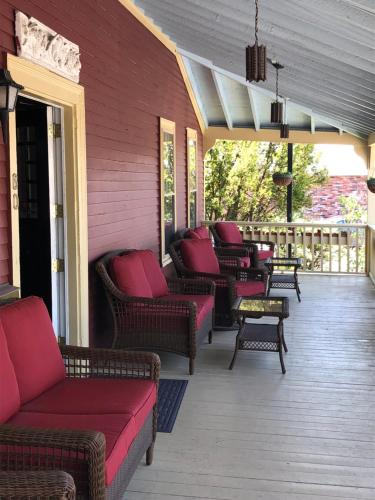 Central House Inn - Bar Harbor, ME 04609
