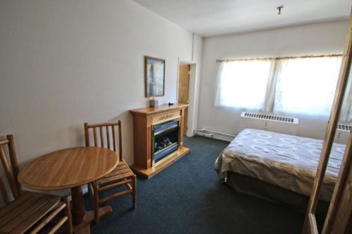 Bear Creek Lodge - Accommodation - Mount Spokane