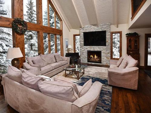 Glen Lyon Lodge - Vail, CO 81657