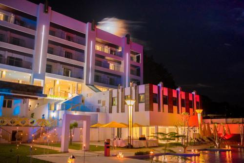 Фото отеля Baobab Tree Hotel & Spa