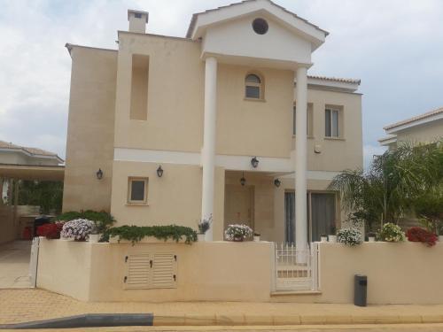 . Anthorina Villa 17