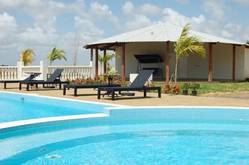 HotelRiverside Care Resort