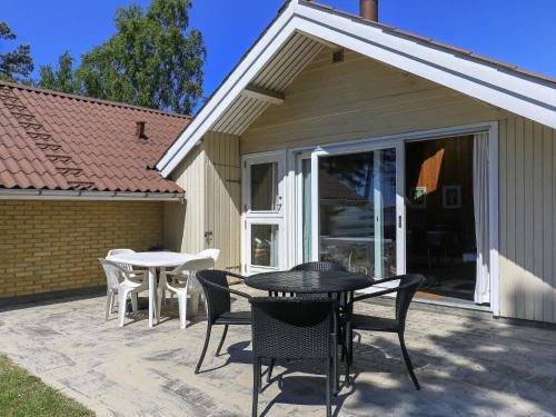 Holiday Home Hårbølle II in Askeby