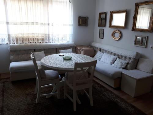 Apartment Sun room photos