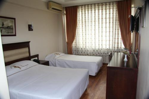Istanbul rouge noire hotel adres