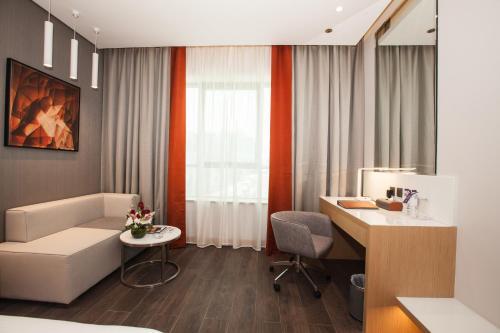 Flora Inn Hotel Dubai Airport - image 8