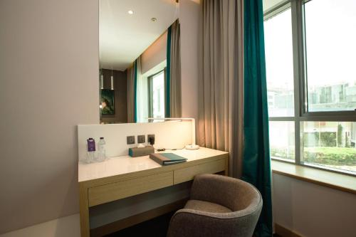 Flora Inn Hotel Dubai Airport - image 11