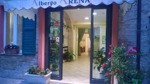 . Albergo Arena