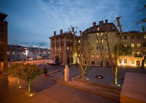 Rue De La Guirlande Marseille app-arte marseille vieux-port - location saisonnière, 6, rue de la