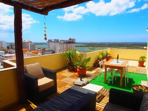 . Ria Terrace Apartment III