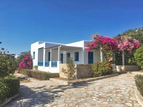 Traditional Cycladic Villa In Posidonia Syros