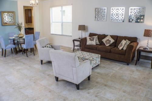 Bella Vida Villa By Ipg - Kissimmee, FL 34746
