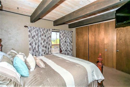 1764 - Gone Ski Inn Condo - Big Bear Lake, CA 92315