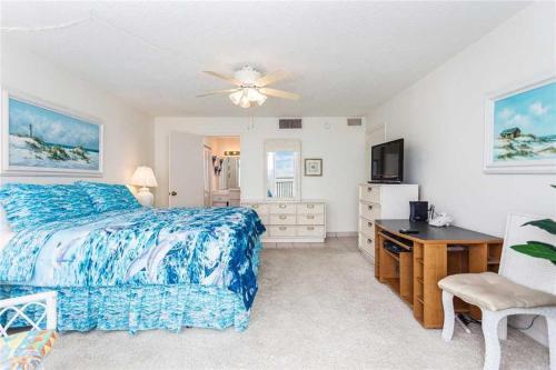 Blue Surf 404 - Two Bedroom Condo