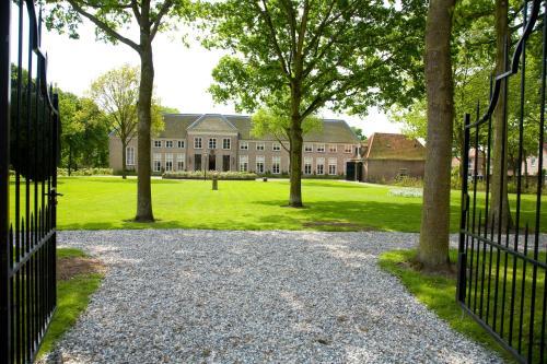 Stadspaleis  & Restaurant OldRuitenborgh, Pension in Vollenhove bei Belt-Schutsloot