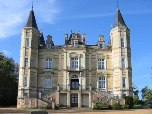 . Chateau De La Moriniere