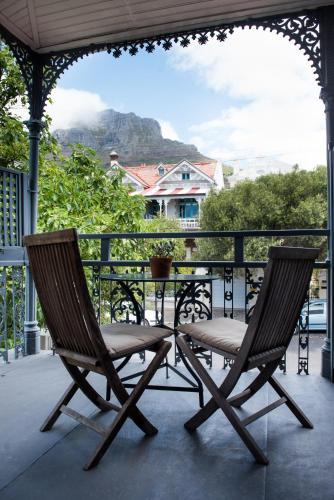 6 Stephen Street, Oranjezicht, Cape Town, 8001, South Africa.