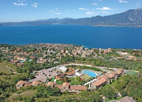 . Le Torri Del Garda FamilySPA Resort