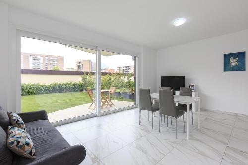 . Roggia Apartments