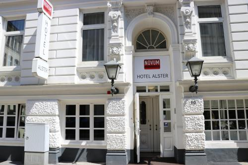 Novum Hotel Alster Hamburg St. Georg photo 1