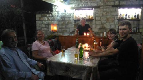 Guesthouse & hostel Lorenc, Beratit