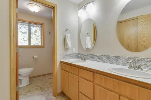 Ashwood 1 Three-bedroom Home - Sunriver, OR 97707