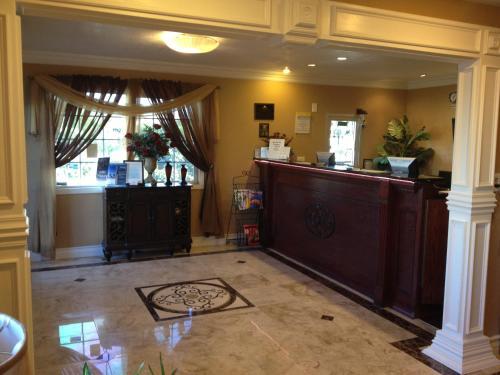 Park Avenue Inn & Suites - Victorville, CA 92392